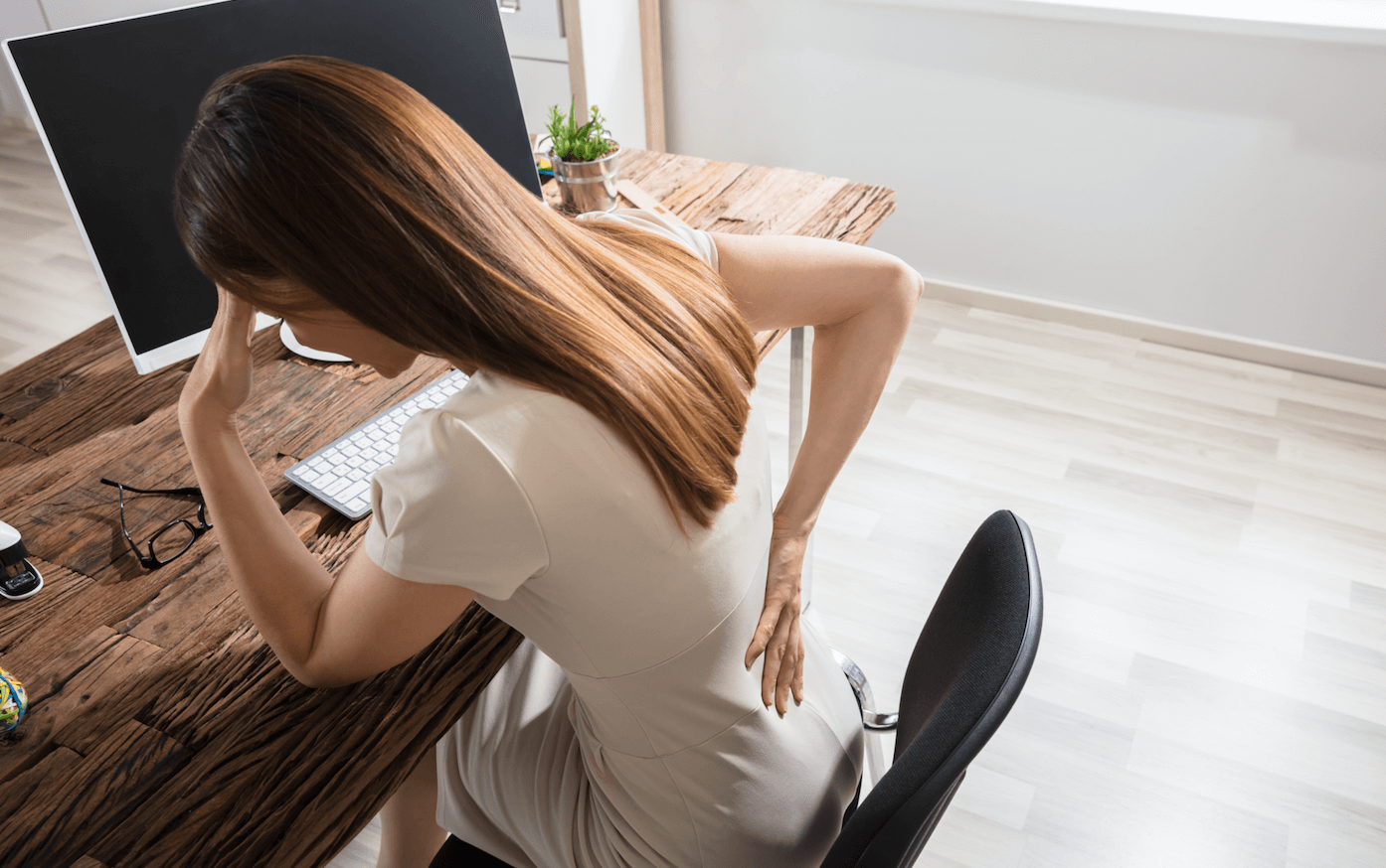 the-top-5-ways-proper-posture-can-help-alleviate-back-pain